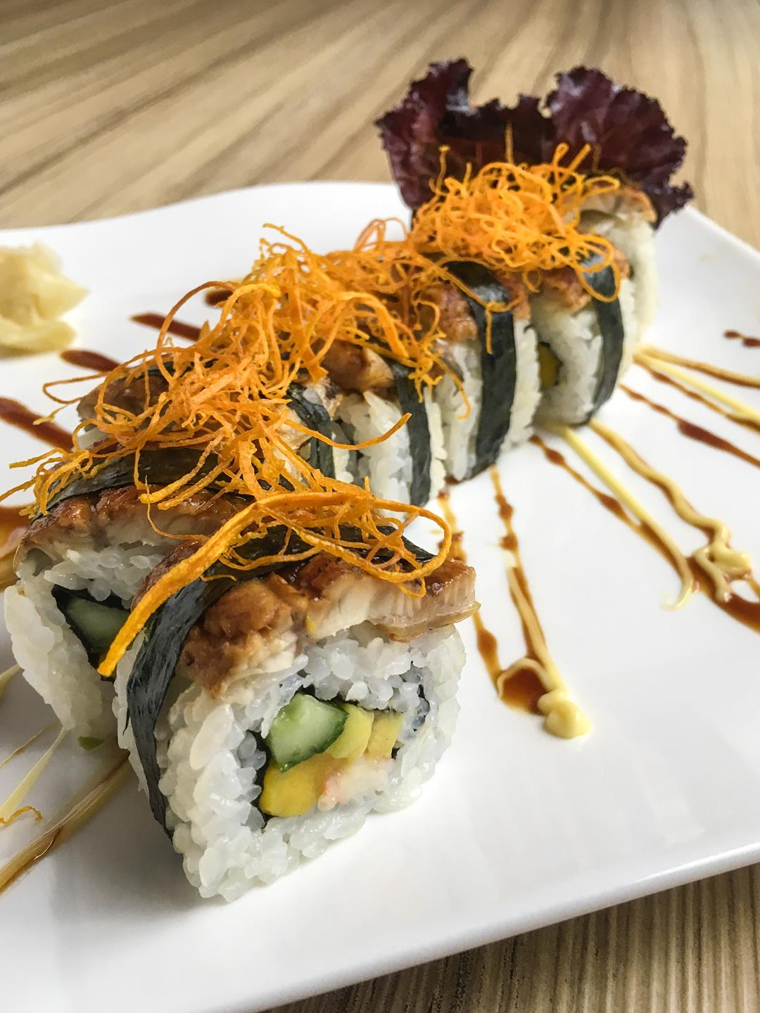 Kitsho's Unagi (eel) rolled sushi is a must-try!