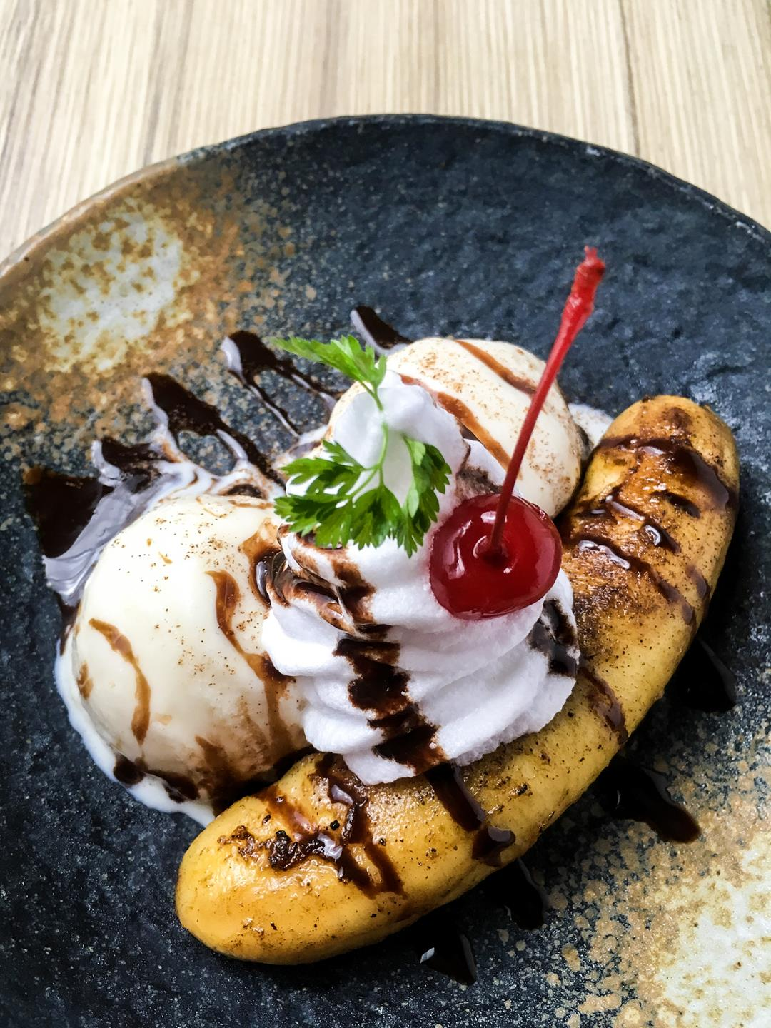 Grilled Banana - Your favorite split is given a new twist with grilled banana instead.
